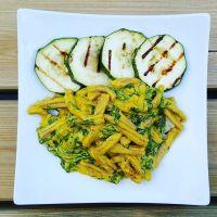 Vegan Mac 'n' Cheese & spinazie