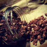 Super-chocolate-granola!