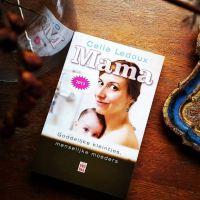 Review: Mama, goddelijke kleintjes & menselijke moeders - Celia Ledoux