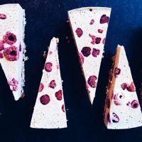 Hét geheim van een RAW-food-cake... En een knallend frambozen-witte-chocolade-recept